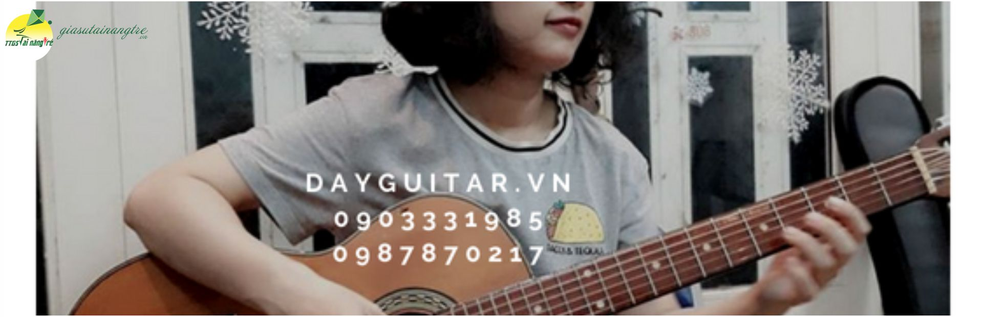 giao vien day guitar tot nghiep nhac vien