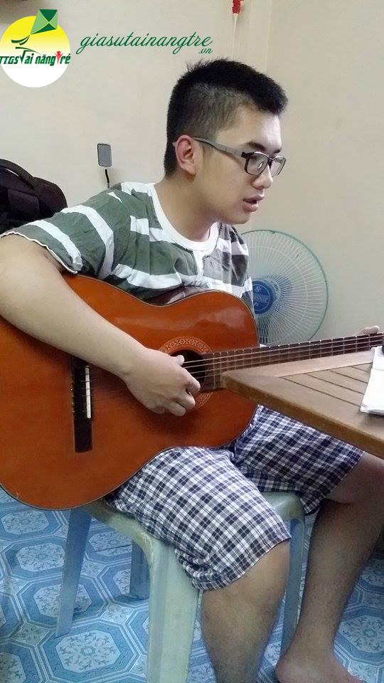 hoc guitar gioi hcm