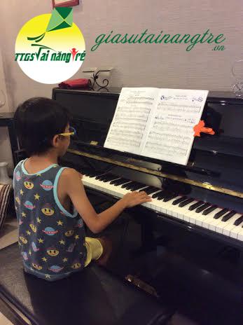 day piano organ tai nha hcm